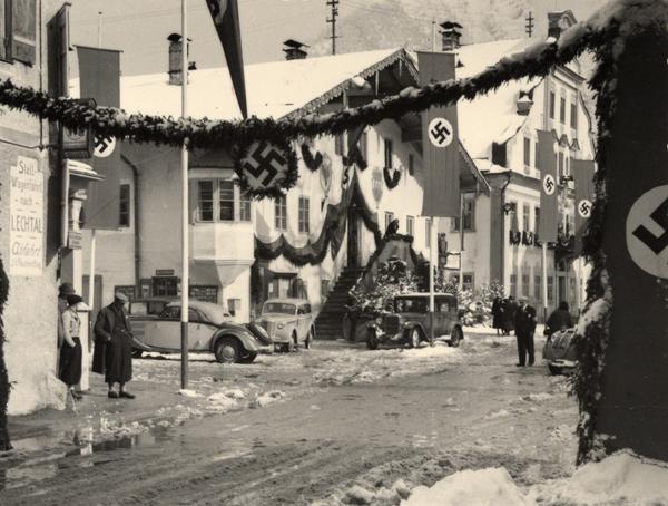 "10. April 1938,  der Tag der sogenannten ""Volksabstimmung"" in Reutte"